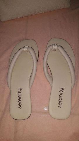 Vendo bolsa com a sandália  - Foto 3