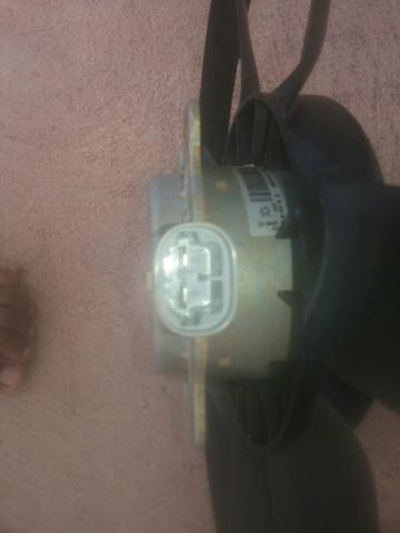Eletro ventilador original renault sandero 1.6 8v ou 16v.valor a negociar