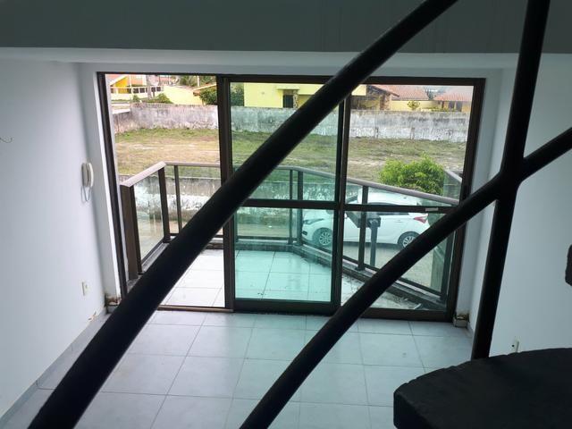 Vendo Loft duplex com varanda Gourmet na beira- mar de e enseada dos Corais - Foto 20
