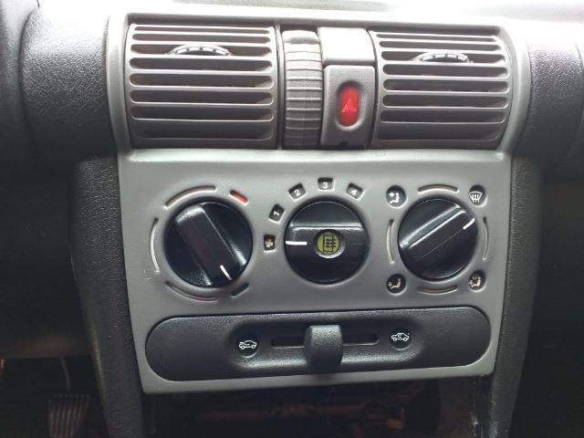 Gm - Chevrolet Corsa sedan entrada no cartão ficha pelo whatsap - Foto 3
