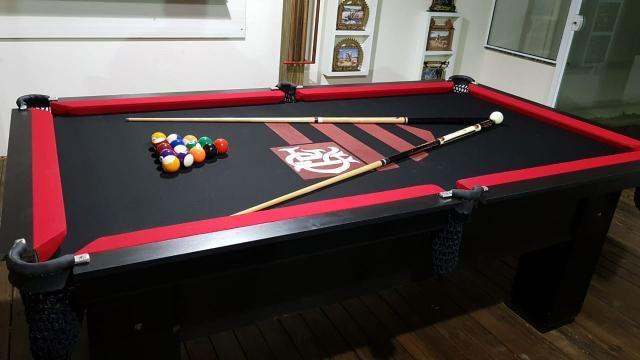Mesa de Bilhar Cor Preta Tecido Preto Bordas Vermelhas Flamengo Modelo FLA1028 - Foto 4