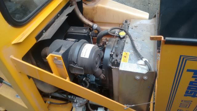 Vendo ou troco máquina de assentamento de paver - Foto 6