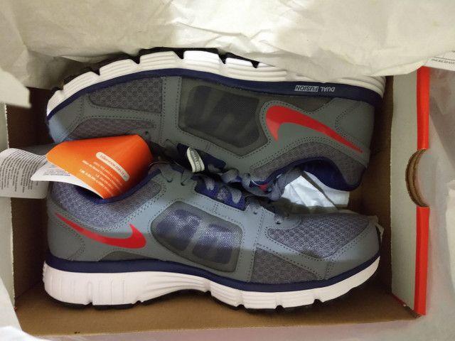 Tênis Nike novo número 40
