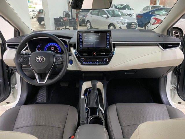 Corolla Altis Hybrid Premium 20/21 5.600 km ! - Foto 12
