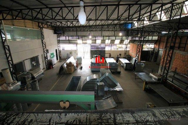 Galpão no Novo Aleixo, 725m², Espaço Administrativo, Esquina, Oportunidade - Foto 17