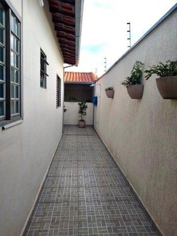 Casa De 3 Quartos Sendo 1 Suíte No Jardim Paraíso