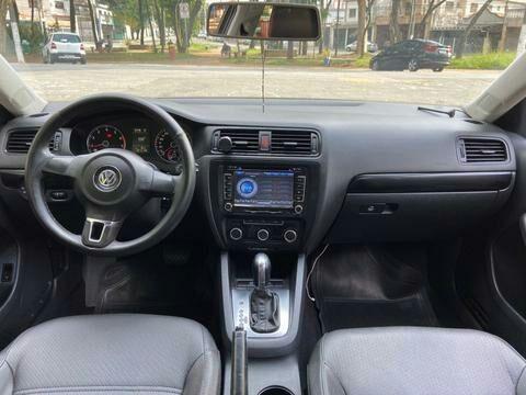 Volkswagen Jetta 2.0 Comfortline Flex 4P Tiptronic - Foto 3