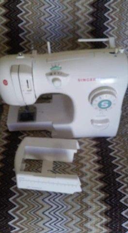 Vendo máquina de costura super nova . - Foto 3