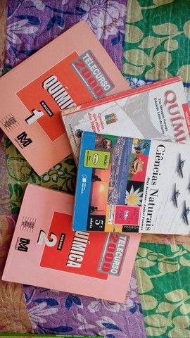Livros Variados a doar - Foto 2