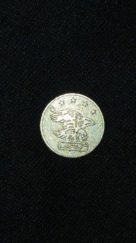 Vendo moedas antigas e de outros paises