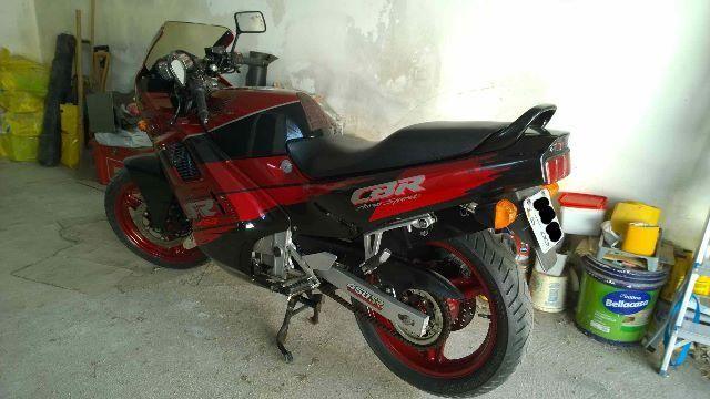 Honda Cbr 450 SR colecionador