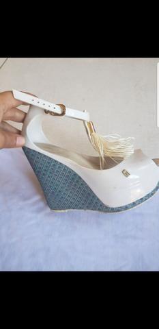 Sandálias e bota TM 34