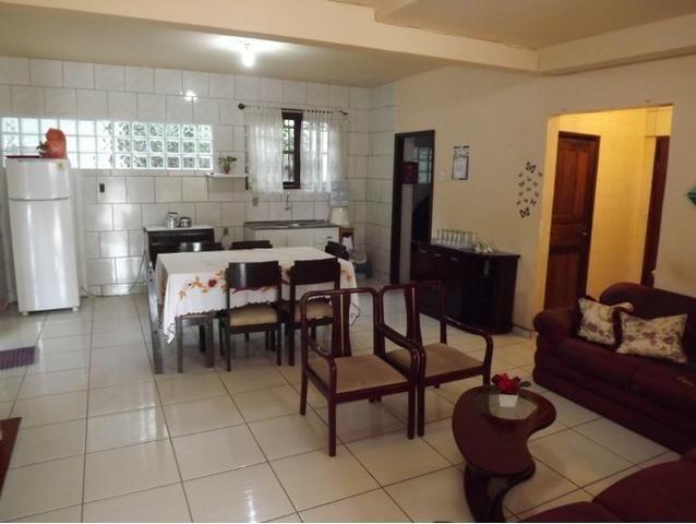 Sobrado central na Praia c/ 03 suítes mais 04 dormitórios! Ideal para aluguel de quartos - Foto 3