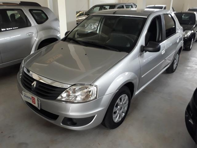 Renault Logan 2011 completo