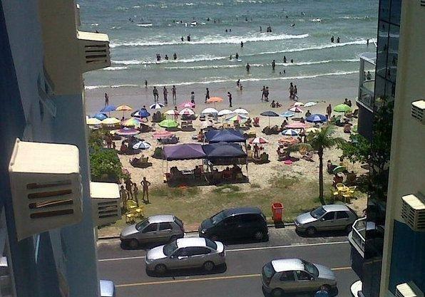 Apartamento 3 quartos com ar vista para a praia