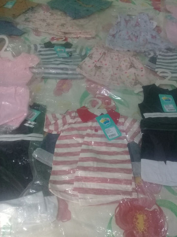 Vendo roupas infantis - Foto 2