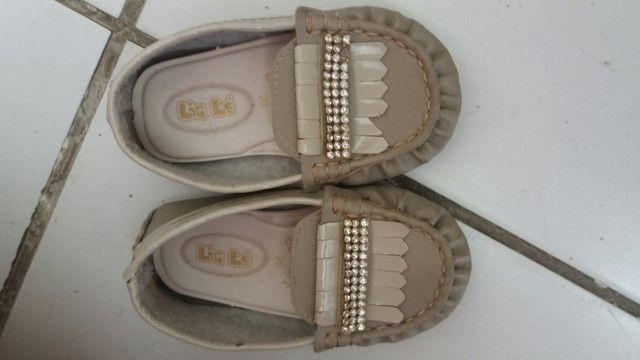 Desapego sandalhinhas infantil cada uma 20 ó o pretinho 40 - Foto 2