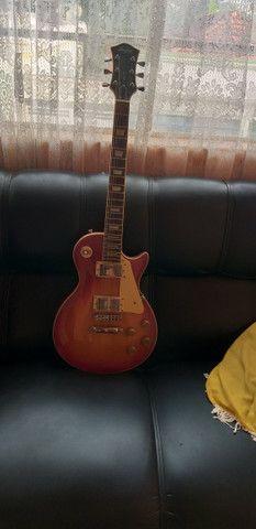 Guitarra Less Pool Memphis