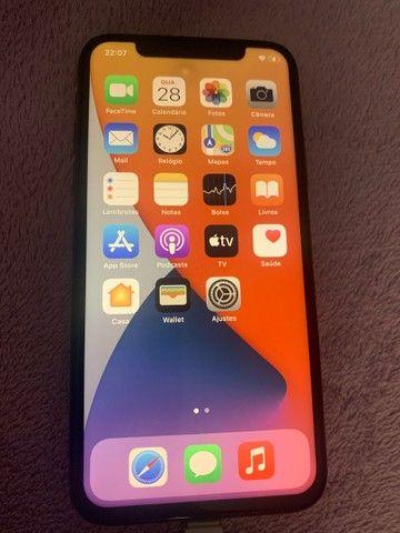 I phone X apple