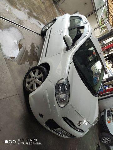 Nissan martch 2013 1.6 completo - Foto 2