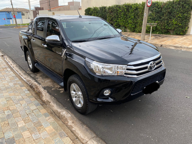 Toyota Hilux SRV 2.8 2018 único dono novíssima  - Foto 2