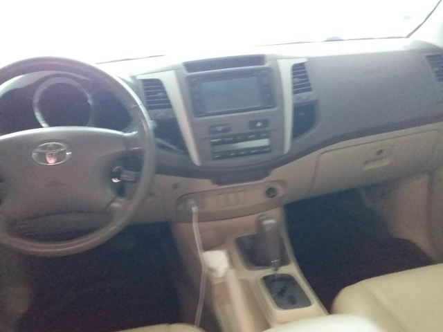 Toyota SW4 SRV 4x4 3.0 Turbo ( Diesel+Aut ) 2008 - Foto 9