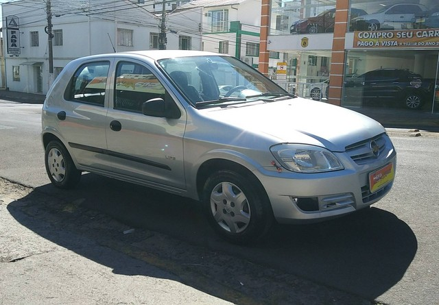 CELTA 2006/2007 1.0 MPFI LIFE 8V FLEX 4P MANUAL - Foto 3