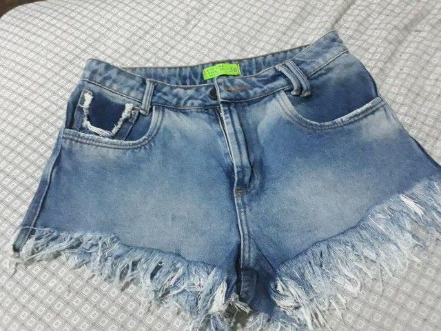 Shorts jeans tamanho 38  - Foto 2