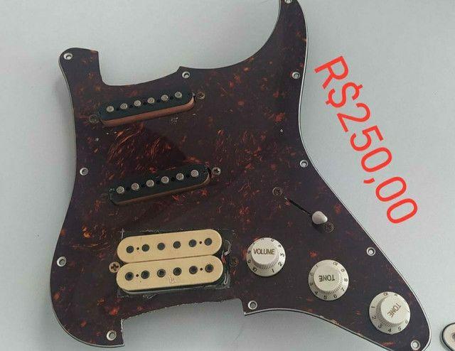Escudos e captadores de guitarra - Foto 4