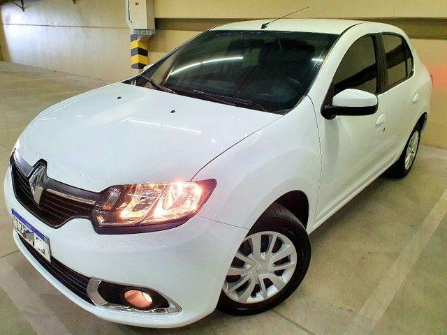 Renault Logan Expression 1.0 12v  Hiflex, 2020 na cor Branca.