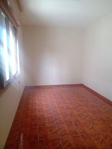 Alugo Prox ao Trem, Apartamento no Centro de Canoas, com 3 dormitórios, suíte, 2 vagas, - Foto 3