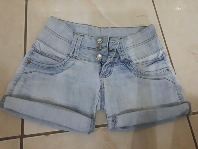 Short Jeans - Tamanho: 36/38