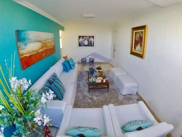 Ótima oportunidade de apartamento no Farol com 114m² com 3 quartos sendo 1 suíte