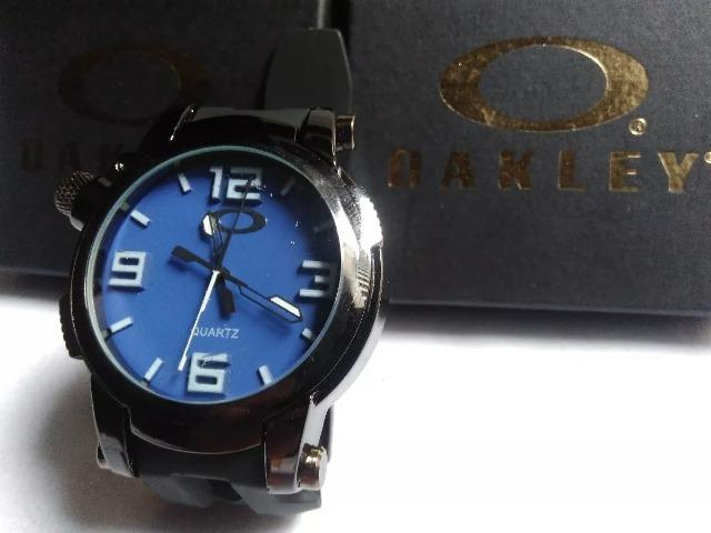 16c3de9c27b Relógio Oakley Holeshot- Caixa em Aço- Aceitamos Cartões ...