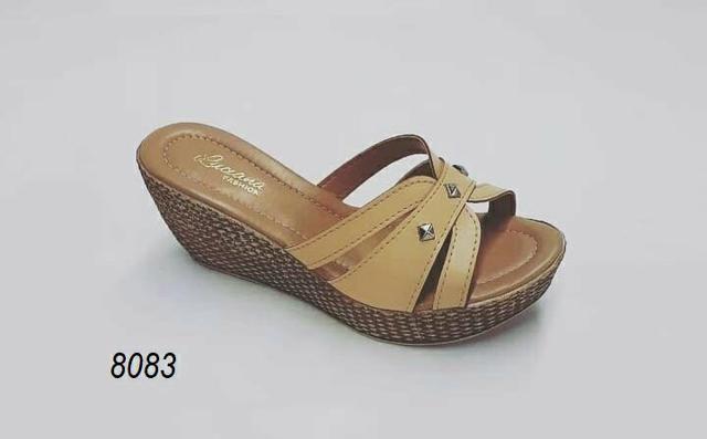 f40e614a20d79 Vendo sandálias direto de fábrica somente para atacado - Roupas e ...