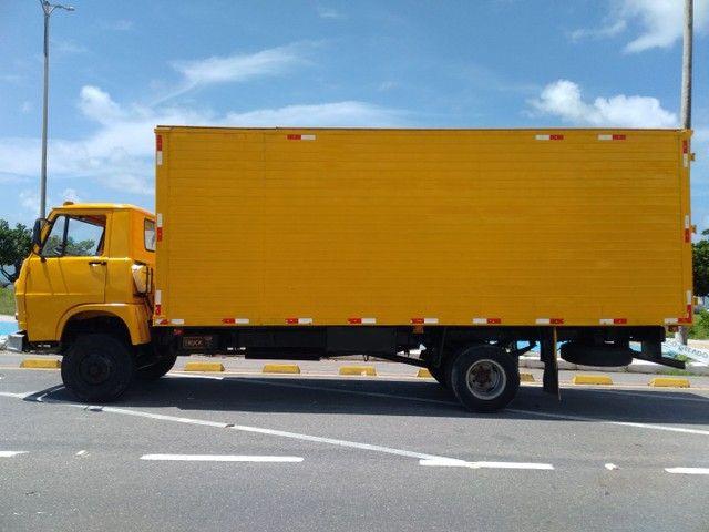 Vende-se caminhão baú Fiat 80 - Foto 3