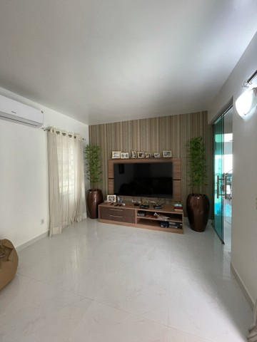 Golden Ville, 217m2, 3 quartos, porcelanato na sala e com piscina !! - Foto 2