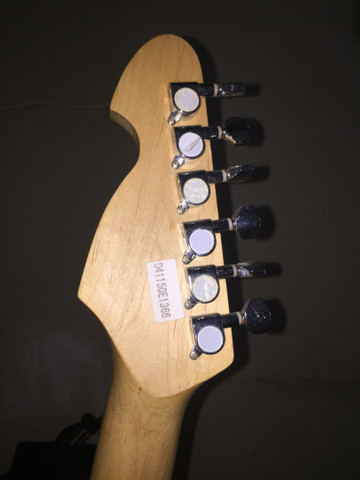 Guitarra Michael  - Foto 3
