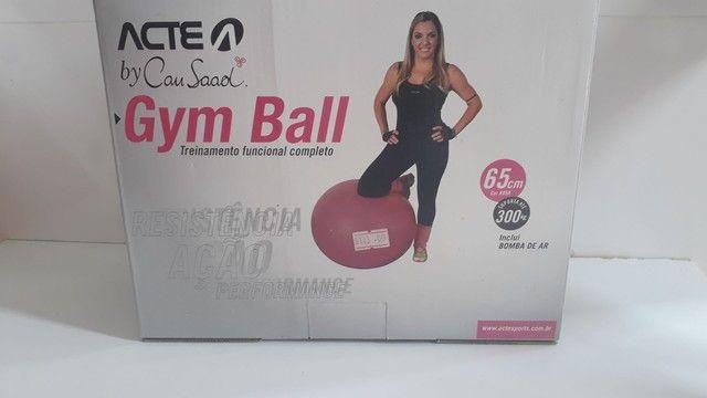 Bola para pilates, yoga Apenas R$100,00 de 65,00 Cm...  - Foto 2
