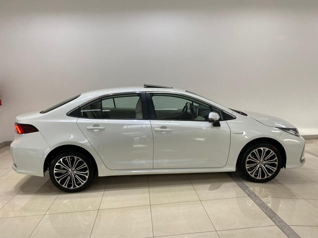 Corolla Altis Hybrid Premium 20/21 5.600 km ! - Foto 4