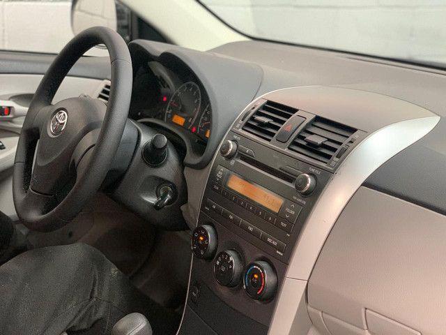 Toyota Corolla XLI 1.8 At. Completo 2013 - Foto 6