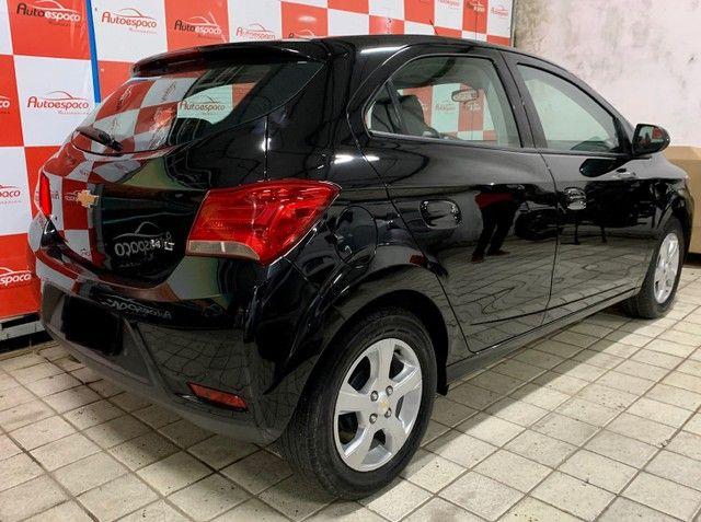 GM Onix LT 1.4 Flex  2019 c/ My link e rodas - Foto 9