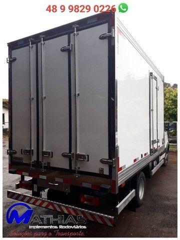 bau termico para caminhão iveco novo sob encomenda Mathias implementos  - Foto 3