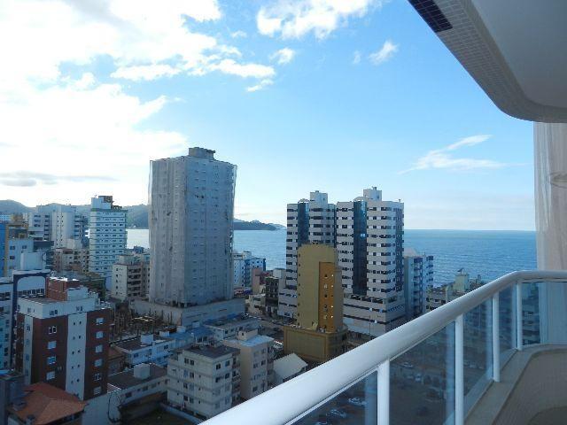 Excelente apartamento alto padrão, otima area de lazer em meia praia itapema