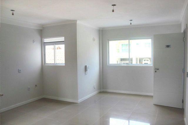 Tabuleiro, Apartamento 1 Suíte + 1 Dormitório, Excelente Acabamento – Condomínio Baixo