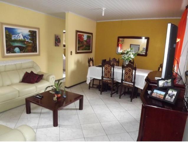 Sobrado central na Praia c/ 03 suítes mais 04 dormitórios! Ideal para aluguel de quartos - Foto 7
