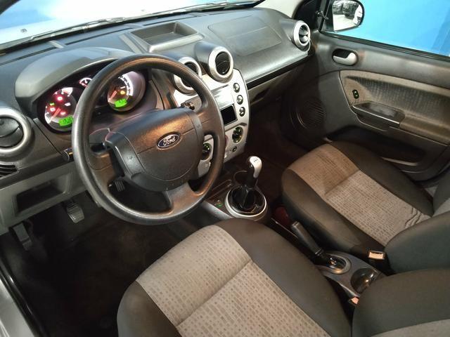 Ford Fiesta Sedan 1.6 Em Excelente estado!!! - Foto 18