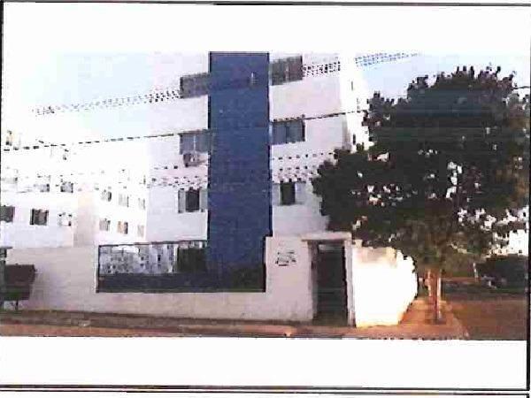 E) Apartamento 2 quartos, na cidade de Governador Valadares/MG