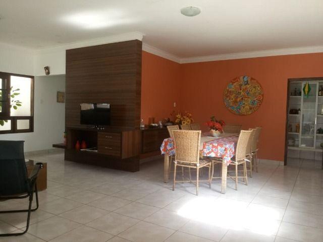 Excelente casa no Condomínio Sonho Verde - Troca-se por posto de combustível - Foto 8