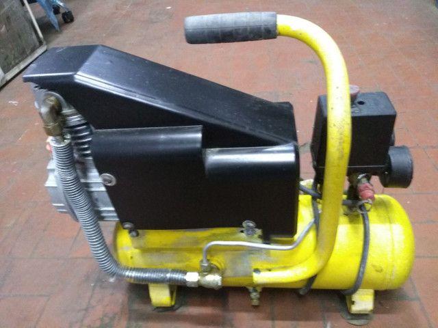 Compressor portátil Ferrari mega Air 229 v - Foto 2
